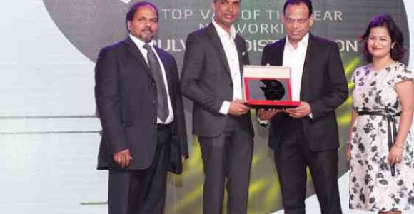Bulwark-Distribution-honored-with--Networking-Distributor-Of-The-Year