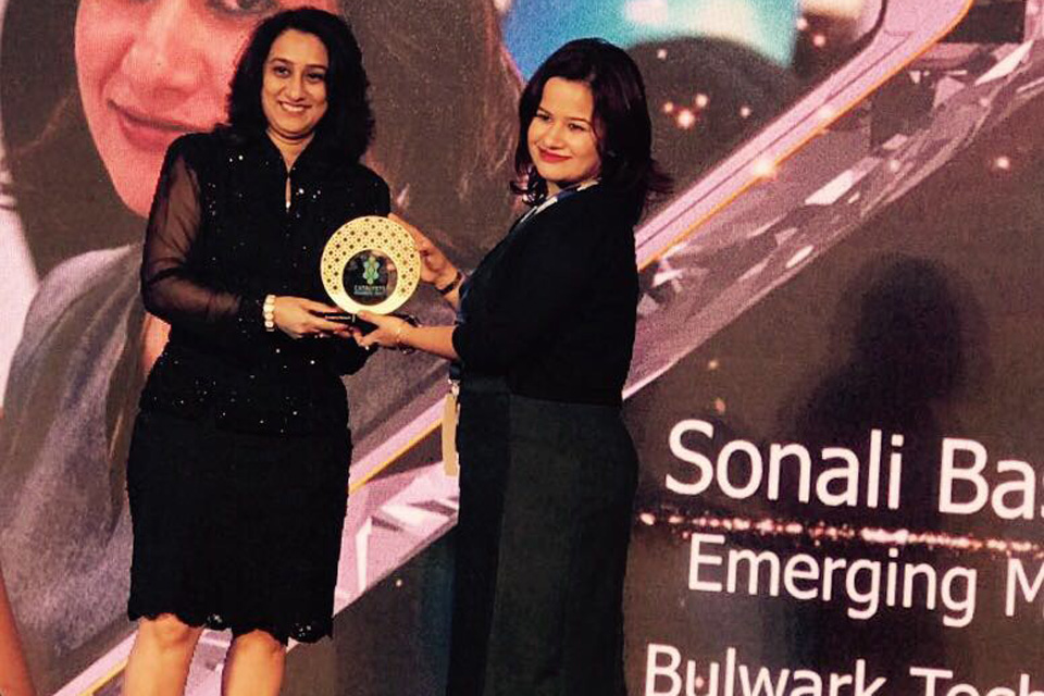 Bulwark-honored-at-The-Catalyst-Awards-2017-by-Enterprise-Channels-MEA